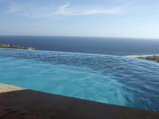Montecristo Estates Pueblo Bonito: from the infinity pool