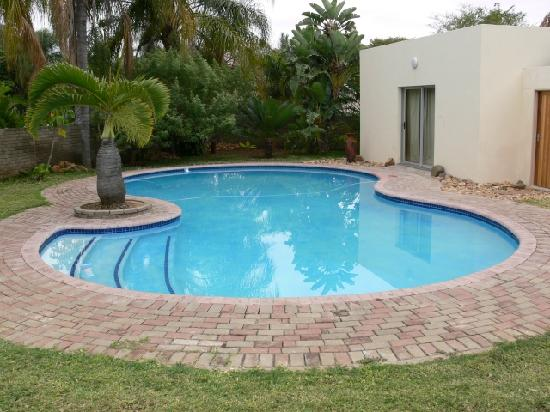 Bakkers Bed and Breakfast : Swimming pool