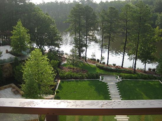 The Umstead Hotel and Spa: Lake view from our room