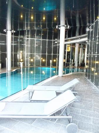 The Omnia: Indoor pool