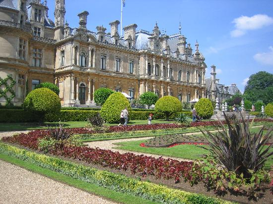 Waddesdon, UK: Rear View