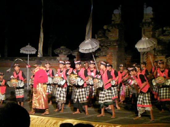 Club Med Bali: ガムランのショーが見れてラッキー!