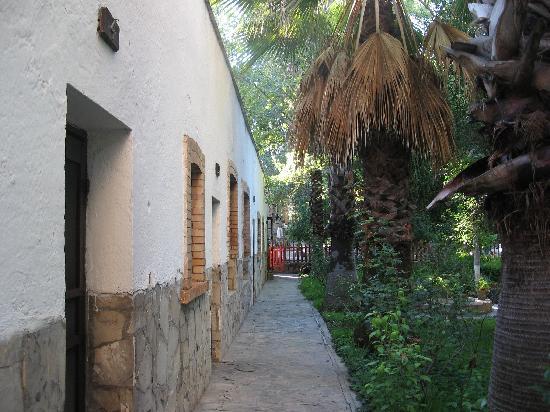 Hotel Rancho El Morillo: rooms
