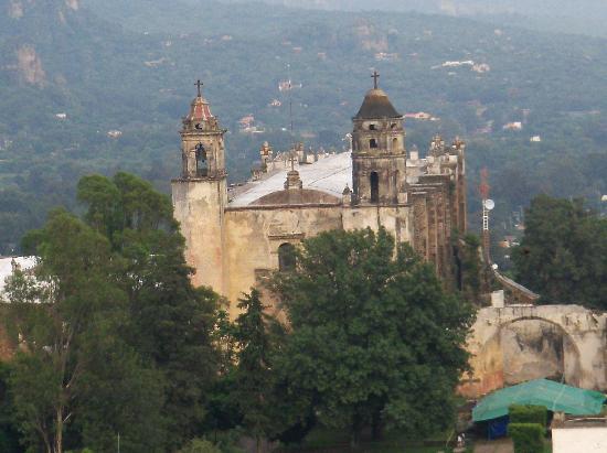 Spanish Cat Language School : The Church in Tepoztlan