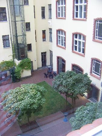 Hotel 103: picture of courtyard from our room