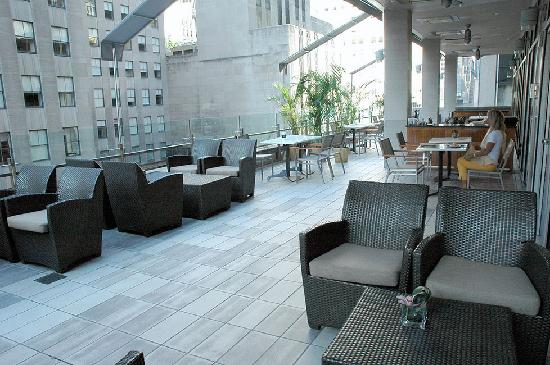Club Quarters Hotel, opposite Rockefeller Center: The terrace, Terrace Restaurant