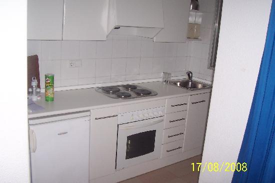 Apartamentos Levante Lux: room