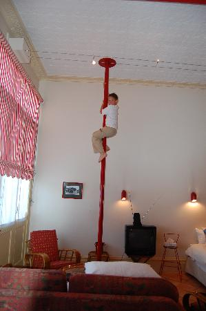Fire Station Inn: the firemans pole!!