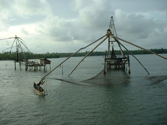 Kerala, India: Chinese Fishing Nets - Cochin