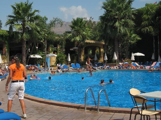 Hotel Caesar Palace: la splendida piscina