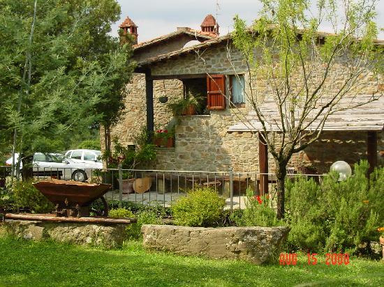 Casa Pippo: Villa above Arezzo