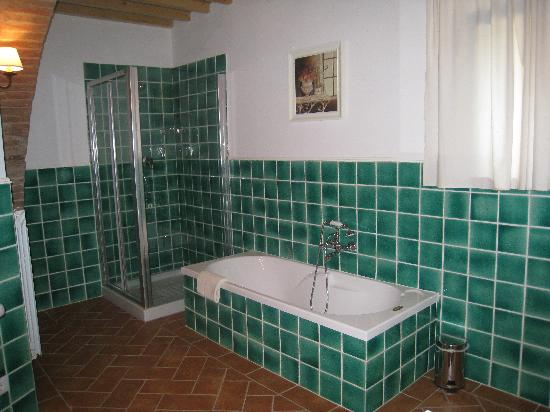 Relais Il Vallone: Bathroom part II