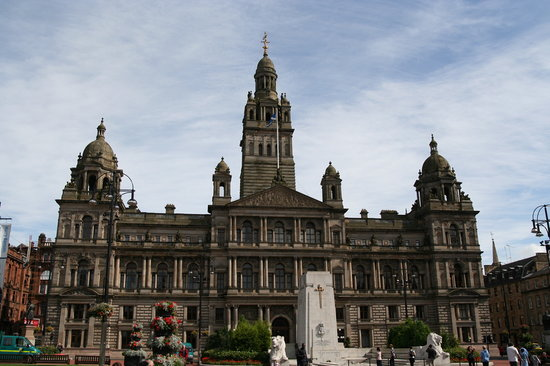 Glasgow, UK: George Square