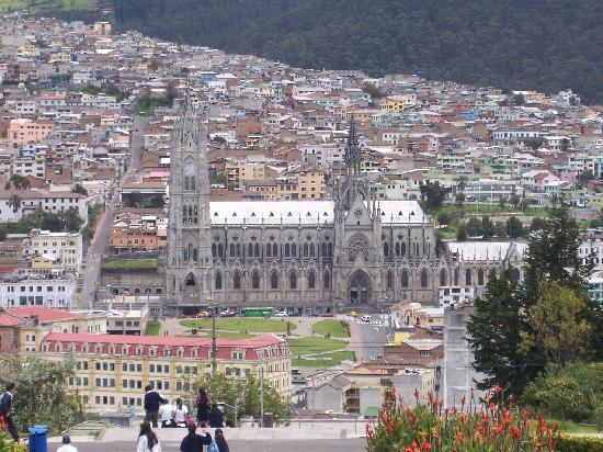 L'Auberge-Inn : View over Quito