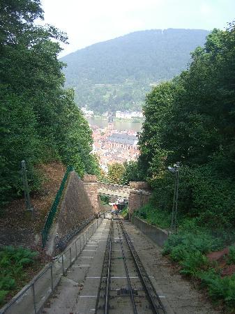 Hotel Villa Marstall: Funicular railway to the Castle