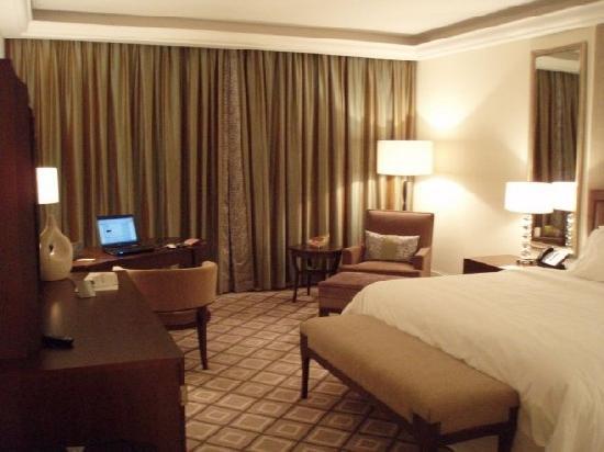 The Westin Dubai Mina Seyahi Beach Resort & Marina: Room