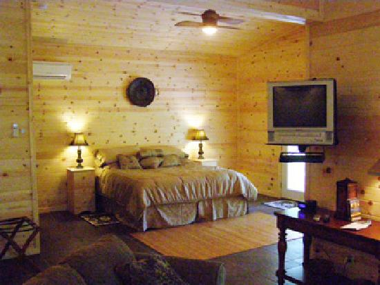 Cabins at Sugar Mountain: Inside view of a Sugar Shack.