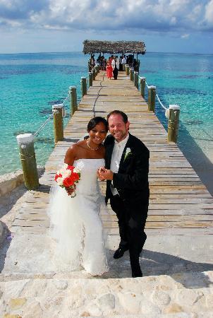 Compass Point Beach Resort: Todd and Doris