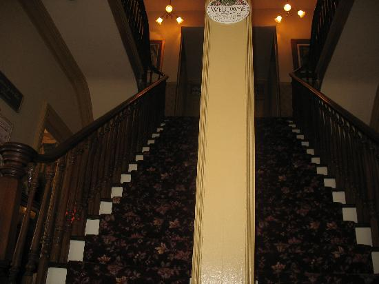 Bedford Inn: The Double Staircase