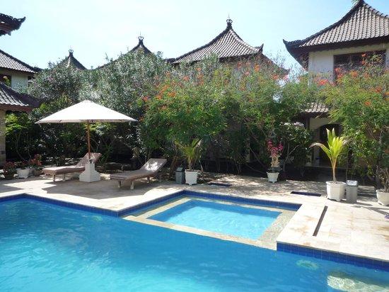 Martas Hotel: The pool