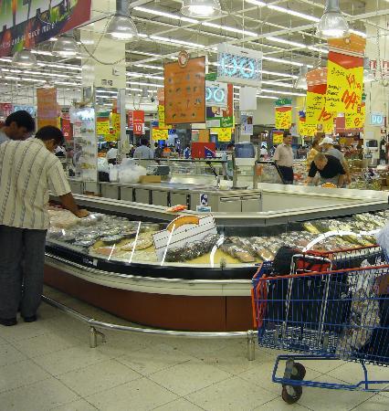 Deira City Center Shopping Mall : モール内にあるカルフール