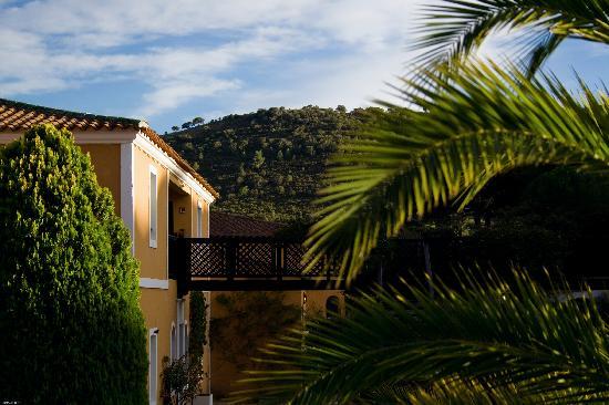 Hotel La Vigne de Ramatuelle : l'hôtel à l'heure du coucher du soleil