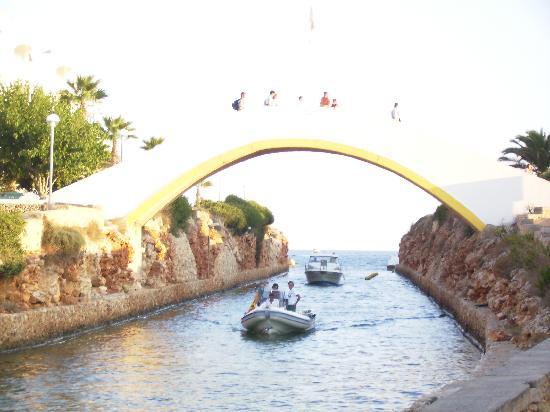 Aparthotel Paradise Club & Spa: The Bridge Looking Over The Marina