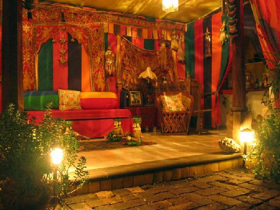 La Casa De Los Espiritus Alegres : The magnificent tent in the garden's center