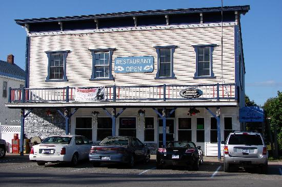 The Inn Between: Front 2