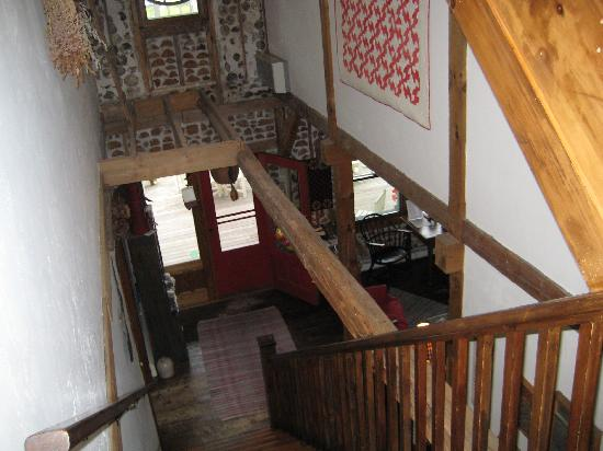 Blacksmith Inn On the Shore: Looking down from 2nd floor