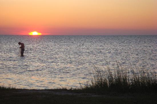Frisco Woods Campground: Sunset from Beach