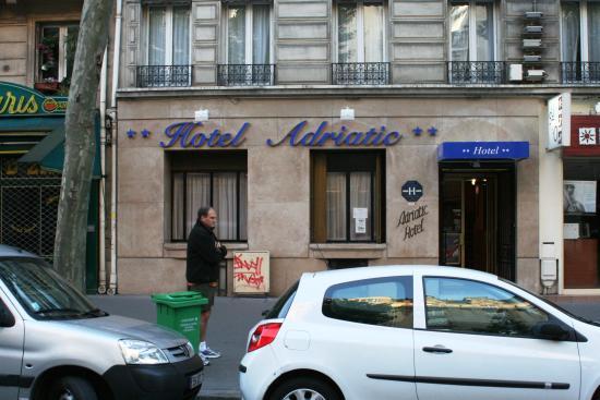 Hotel Adriatic: Vu avant de l'hotel