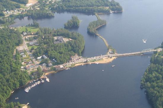 Adirondack Hotel on Long Lake: Hotel in center from Helms Aero Service tour