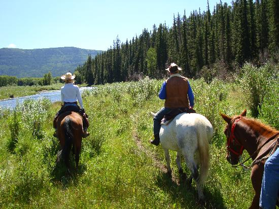 Rainbow Trout Ranch: A river ride