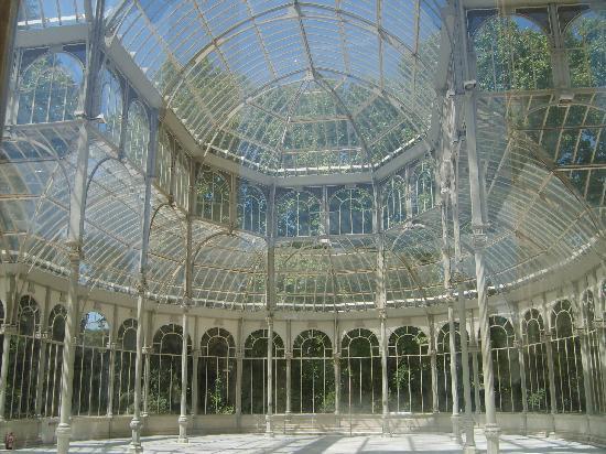 Apartamentos Ramon de la Cruz 41: Palacio de Cristal en Parque El Retiro
