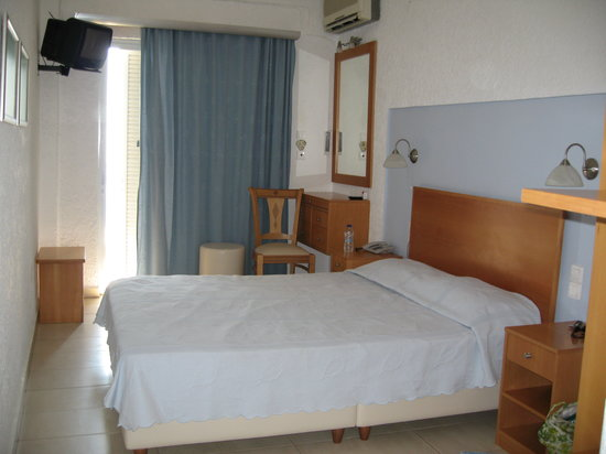 Neapolis, Grecia: hotel room