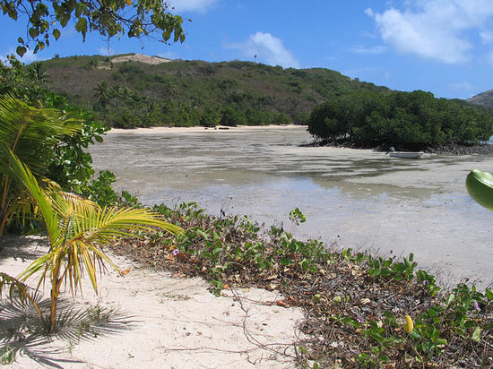 Pulau Yaqeta, Fiji: low tide - most part of the day