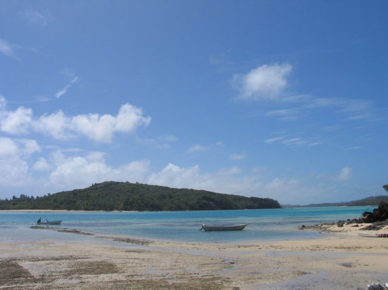 Yaqeta Island, Fiji: Water is coming