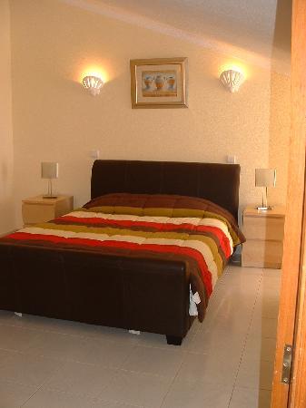 Elimar Apartments: Bedroom 1