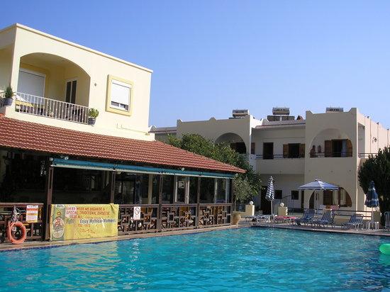 Photo of Chrysanthi Hotel - Apartments Pefkos