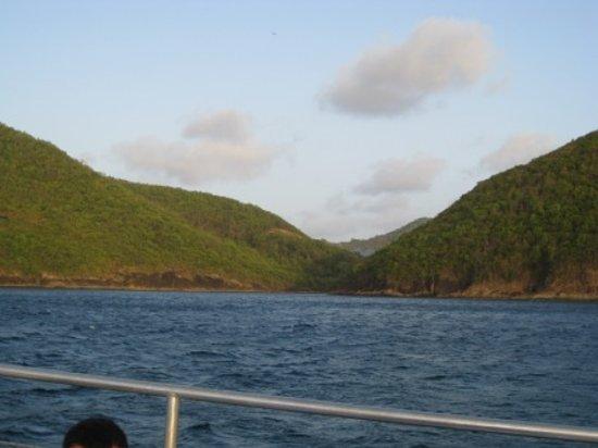 Choc, St. Lucia: Virgin Catamaran Day Trip