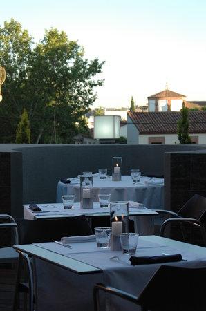 Restaurante Kira: la terraza de verano de Kira. Ideal.