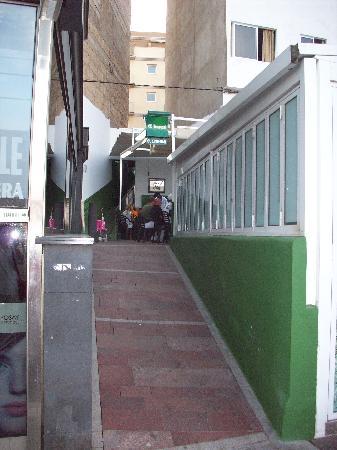Restaurante El Cine: insegna del locale