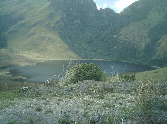 "Otavalo, الإكوادور: Laguna ""negra"" de Mojanda"