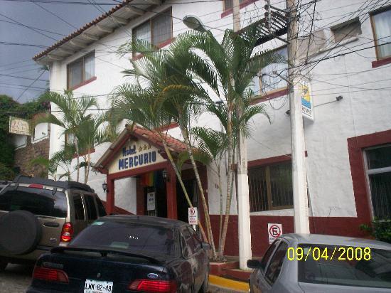 Hotel Mercurio: Entrada del Hotel