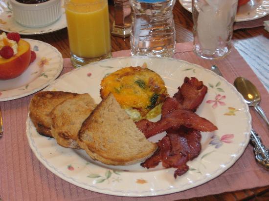 The Pleasant Street Inn: One of the Wonderful Breakfasts