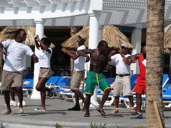 Hotel Riu Montego Bay: aerobic at the pool