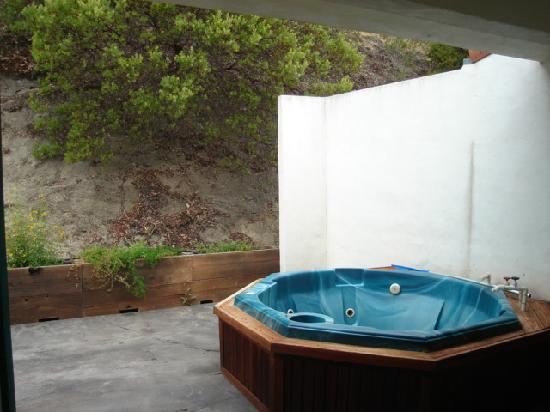 Sycamore Mineral Springs Resort And Spa Patio Hot Tub