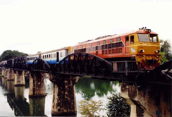 Bridge Over the River Kwai : The famous bridge!