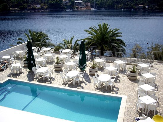 Smokvica, Kroatien: Hotel Feral - Piscina